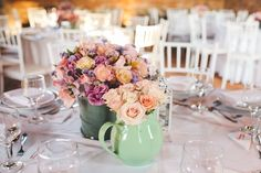 Beautiful and simple floral centerpieces