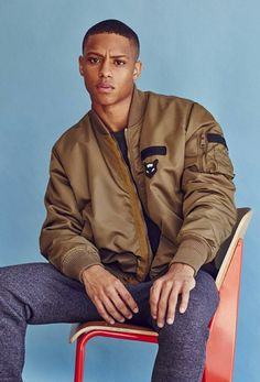 Keith Powers for Hercules Universal by Bruno Staub
