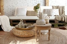 Moraira, Ibiza Fashion, Dream Garden, Decoration, Garden Inspiration, Old And New, Accent Chairs, New Homes, Throw Pillows