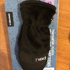 NWT Head Brand Fleece Children's Mittons Brand NWT!  Head brand children's ski gloves. Size XS for Ages 3-4 years old. Additional photos pulled from Amazon to show product price comparison. Head Accessories Gloves & Mittens