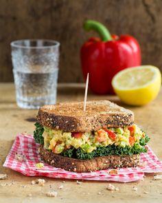 Chickpea Salad Sandwich by purelyeizabeth #Sandwich #Chickpea #Salad #Healthy