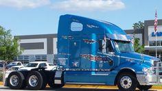 American flag tear decals on a blue semi truck 18 wheeler . American Flag Stripes, American Flag Decal, Big Rig Trucks, Semi Trucks, Truck Decals, Vinyl Decals, Roland Printer, Car Paint Jobs, Semi Trailer
