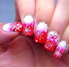 Festive Christmas nails