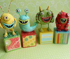 little monsters decor kid boy room Paper Mache Clay, Clay Art, Clay Dolls, Art Dolls, Art For Kids, Crafts For Kids, Clay Monsters, Paper Art, Paper Crafts