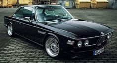 An overview of BMW German cars. BMW pictures, specs and information. Bmw E9, Suv Bmw, Bmw Cars, Bmw E30 Coupe, Auto Retro, Retro Cars, Vintage Cars, Porsche, Audi