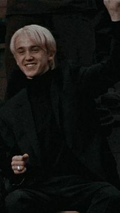 Objet Harry Potter, Mundo Harry Potter, Harry Potter Draco Malfoy, Harry Potter Cast, Harry Potter Characters, Severus Snape, Hermione Granger, Draco Malfoy Actor, Draco Malfoy Fanfiction