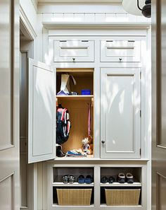 Built in mud room cabinet Mudroom Cubbies, Mudroom Cabinets, Mudroom Laundry Room, Laundry Room Remodel, Closet Mudroom, Room Closet, Stair Landing, Condo, Architecture Details