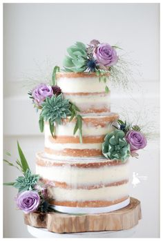 Naked cake with handmade succulents and roses by Taartjes van An (Anneke) - http://cakesdecor.com/cakes/272049-naked-cake-with-handmade-succulents-and-roses