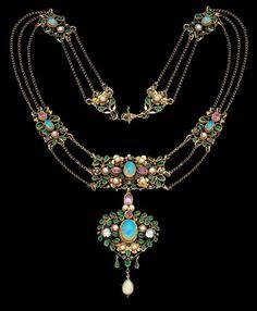 Arts & Crafts Necklace