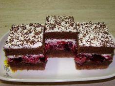 Višňová kocka Czech Recipes, Russian Recipes, Sweet Recipes, Cake Recipes, Dessert Recipes, Brownie Recipes, Kolaci I Torte, Croatian Recipes, Tasty