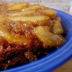 New take on a classic cake! Substituting pears for pineapple turns this upside-down cake into a gooey caramelized pear paradise. Pear Dessert Recipes, Pear Recipes, Sweet Recipes, Delicious Desserts, Cake Recipes, Ic Recipes, Easter Desserts, Jelly Recipes, Cake