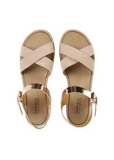 Pretty Sandals, Cute Sandals, Cute Shoes, On Shoes, Me Too Shoes, Shoes Sandals, Shoes Sneakers, Heels, Baskets