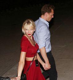 Blog de la Tele: Tom Hiddleston y Taylor Swift tortolitos en concierto de Selena Gomez