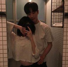 Couple Goals, Cute Couples Goals, Cute Anime Couples, Tall Boyfriend Short Girlfriend, Boyfriend Goals, Cute Couple Pictures, Best Friend Pictures, Couple Photos, Korean Boys Ulzzang