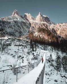 Hängebrücke am Hintersee ist Teil meiner Berchtesgaden Fotospots Beautiful Sites, Beautiful Places, Outdoor Fotografie, Bavaria Germany, Germany Travel, Places To See, Travel Destinations, Hiking, Adventure