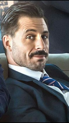 Hugo Silva, Dramatic Arts, My Dream Came True, Beard No Mustache, Bearded Men, Mens Suits, Sexy, Handsome, Hipster Beards