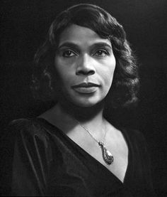 February Born this day, singer Marian Anderson and one of the best American contraltos of all time. In she became the first African American singer to perform as a member of the Metropolitan Opera in New York City. She passed away in April of Classic Photographers, Portrait Photographers, Portraits, Yousuf Karsh, Marian Anderson, Mikhail Gorbachev, Light Study, Metropolitan Opera, Portrait Lighting