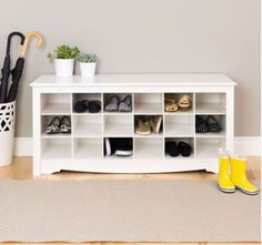 Contemporary Shoe Storage Bench 18 Cubbies Wooden Home Furniture White Finish
