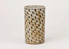GERTRUD VASEGAARD - 2 - 24 February 2011 - Galerie Besson Ceramic Tableware, Ceramic Vase, Ceramic Pottery, Pottery Art, Pottery Ideas, Royal Copenhagen, Hand Painted Ceramics, Porcelain Ceramics, Ceramic Artists