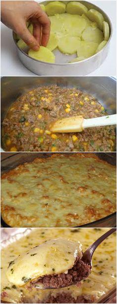 Torta de batata com carne moída😋 ❤️ VEJA AQUI>>>Unte com óleo uma forma de fundo removível (22 x 6 cm) e espalhe 2/3 da batata no fundo e na lateral (b). #MASSAS#TORTAS Curry, Ethnic Recipes, Ground Beef, Noodle, Salads, Tomatoes, Curries