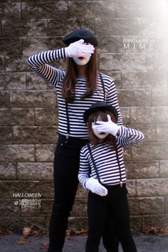 Partners In Mime Costume {homemade halloween costumes} Looking for a last minute costume idea? This mime costume is super simple and can be recreated using… Costume Homemade, Homemade Halloween Costumes, Fete Halloween, Adult Halloween, Halloween 2017, Holidays Halloween, Diy Costumes, Halloween Crafts, Zombie Costumes