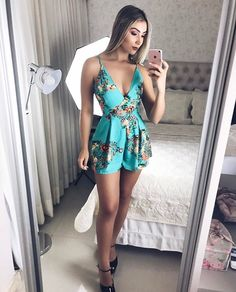 Pin by Christina Sanchez on Like in 2019 Best Casual Outfits, Classy Outfits, Summer Outfits, Cute Outfits, Sexy Dresses, Dress Outfits, Girl Outfits, Fashion Outfits, Fashion 101