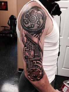 1001 ideen und ispirationen f r ein cooles biomechanik tattoo biomechanik tattoo tattoos f r. Black Bedroom Furniture Sets. Home Design Ideas