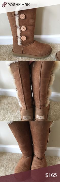 Bailey Button Chestnut UGGS size 8 Only worn a few times! In GREAT CONDITION! Please feel free to make an offer using the offer button option! All items will be shipped out within 48 hours of purchase! Bundle  with other items to save! Happy Poshing! 📬📦🎁🛍 UGG Shoes