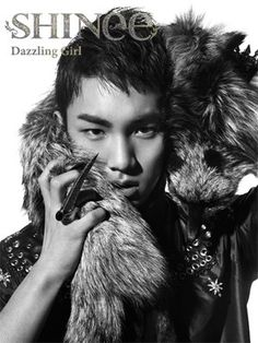 "SHINee has revealed Key's teaser photo for their upcoming Japanese single, ""Dazzling Girl""!"