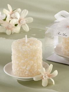 34afb8282c565f candle wedding favors that guests will actually use!