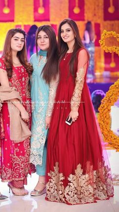 Fancy Wedding Dresses, Bridal Mehndi Dresses, Party Wear Dresses, Wedding Wear, Pakistani Fashion Party Wear, Pakistani Wedding Outfits, Bridal Outfits, Simple Pakistani Dresses, Pakistani Dress Design
