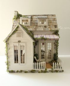 Cinderella Moments: Dollhouse Custom Construction Part 4 - Featuring Lilac Cottage Dollhouse Miniature Tutorials, Miniature Rooms, Miniature Houses, Putz Houses, Fairy Houses, Doll Houses, Victorian Dollhouse, Modern Dollhouse, Dollhouse Design