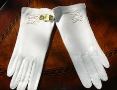 Duchess Ladies Gloves,  Store Stock Vintage, Original Tags, Original Package, Size 6 1/2 1960s Gloves, Wedding Gloves, Mother of the Bride by MAISONDELINGE on Etsy