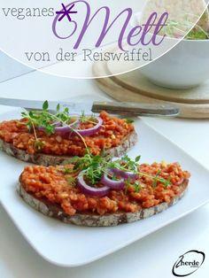 """Vegan """"Meat"""" made from rice wafers Veganes *Mett von der Reiswaffel"""