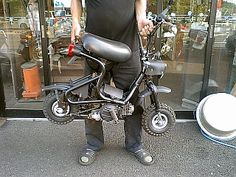 Mini Motorbike, Motorbike Design, Motorcycle Bike, Vespa Motor Scooters, Custom Mini Bike, Bicycle Engine Kit, Welding And Fabrication, Pit Bike, Honda Motorcycles