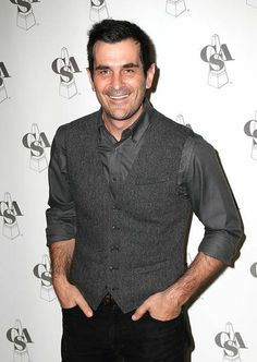 Ty Burrell...Oh how I love you Phil Dunphy!