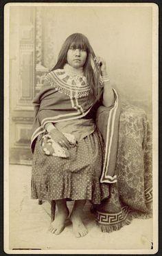 Mojave woman – 1880