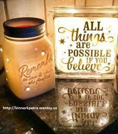 This warmer us amazing, Love the style. Available April 1st www.kinnerkpetra.scentsy.us