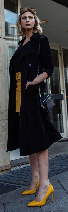 Trendfarbe Gelb: So kombinierst du den Modetrend im Frühling 2018! -  Mein Outfit mit der Trendfarbe Gelb, einige Styling-Tipps und meine persönlichen Shopping-Highlights findet ihr nun in diesem Beitrag. Viel Spaß beim Lesen und Inspirationen sammeln!