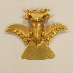 Eagle Pendant    Date:      11th–16th century  Geography:      Panama  Culture:      Veraguas  Medium:      Gold (cast)  Dimensions:      Height 2 in.  Classification:      Metal-Ornaments