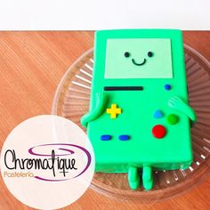 Adventure Time BMO cake (torta de BMO de hora de aventura) https://www.facebook.com/ChromatiquePasteleria