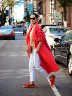 This is an amazing red coat for winter season