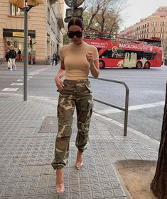Cadet In Training Cargo Pants - Camo Camo Outfits, Mode Outfits, Trendy Outfits, Fashion Outfits, Fashion Ideas, Fashion Hacks, Camo Pants Fashion, Army Pants Outfit, Look Fashion