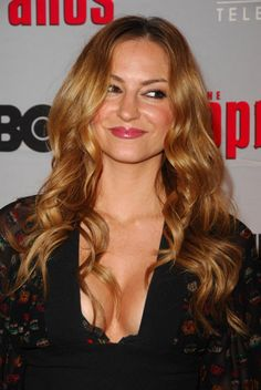 Drea de Matteo is returning to Sons of Anarchy for season 6. This should get interesting.