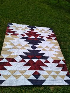 Strip Quilts, Quilt Blocks, Quilting Projects, Quilting Designs, Southwestern Quilts, Indian Quilt, Barn Quilt Patterns, Crochet Quilt, Barn Quilts