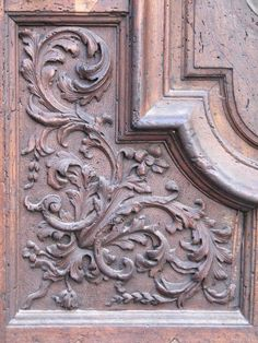 Wooden doors from the 17th c Wall Painting Decor, Decorative Wall Panels, Baroque Art, Carving Designs, Wooden Art, Wooden Doors, Entrance Doors, Wood And Metal, Wood Paneling
