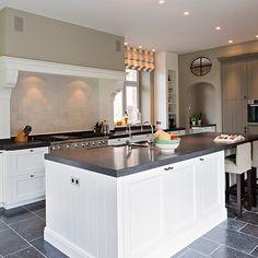 b+villas - Luxury Living :: villas Ranch Kitchen, Kitchen Stove, Gray Interior, Decor Interior Design, Beautiful Kitchens, Cool Kitchens, Living Room Kitchen, Kitchen Decor, Belgian Style