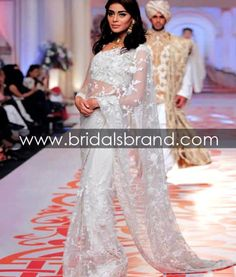 Adnan Pardesy showcased the Telenor Bridal Couture Week on Day 3 with a new Couture Summer Collection, in Karachi. Pakistani Couture, Pakistani Outfits, Party Wear Dresses, Prom Dresses, Formal Dresses, Desi Bride, Indian Fashion, Saree Fashion, Dress Link
