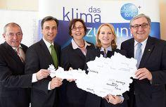 Industriewüste blüht als Smart City auf: Graz erhält als einzige Stadt Österreichs den Zuschlag für Smart-City-Leitprojekt mit 4,3 Millionen Euro Förderung. Areal um die Listhalle wird zum Zukunftsquartier. Smart City, Euro, Graz, City