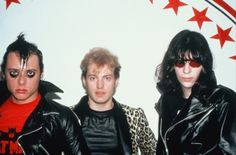 Jerry Only, George and Joey Ramone. This is the picture to end all pictures. MISFITS AND JOEY.